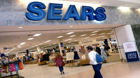 Is Sears Really the Worst Retail Stock in the  Universe?